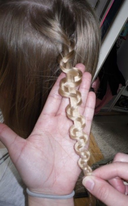 master the zigzag snake braid with these easy steps to