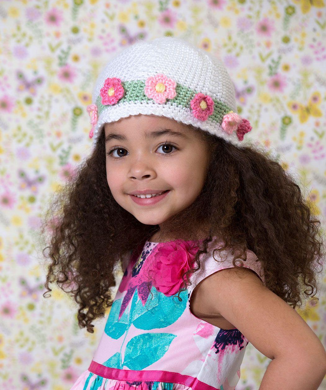 Kleine Mädchen lieben diese gehäkelte Mütze nicht nur zu Ostern. Wir ...