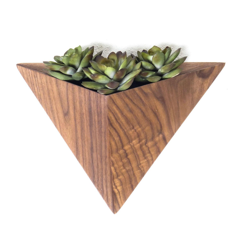Geometric Planter Box Triangle Macetero De Madera 640 x 480