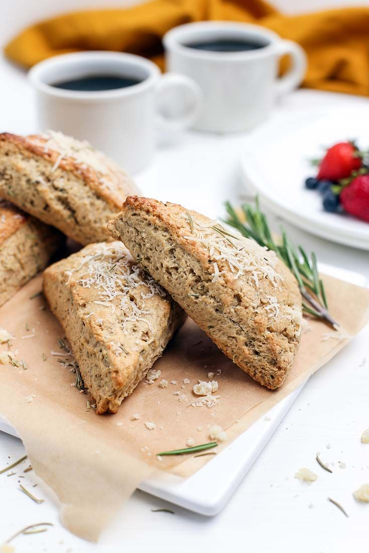 Set the table for thanks this season with this spiced right Organic Rosemary and Parmesan Cheese Scones. | via Simply Organic. #OrganicMoments