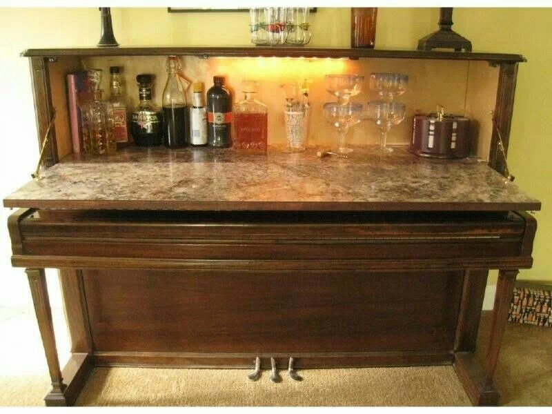 Instant bar from an old piano!