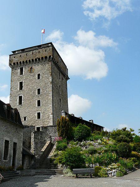 Lourdes château donjon