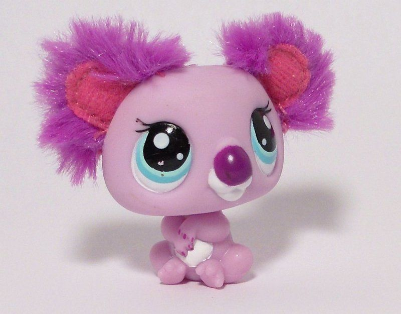LPS pale purple Koala 2578 with teal-blue eyes, purple nose, large pink and purple fluffy ears with matching nails. Date stamp 2008