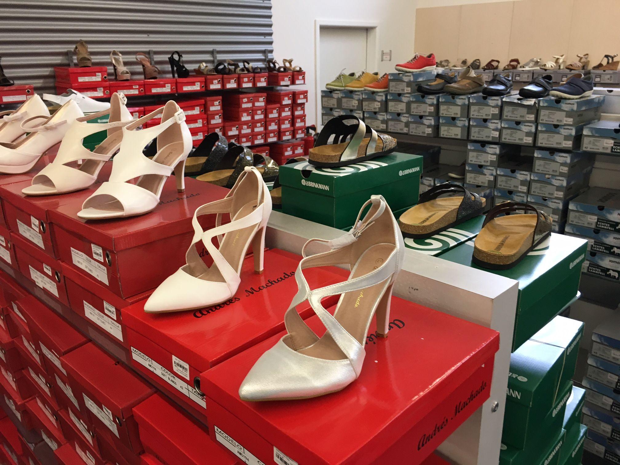 schuhplus Schuhe in Übergrößen ist nicht nur ein in