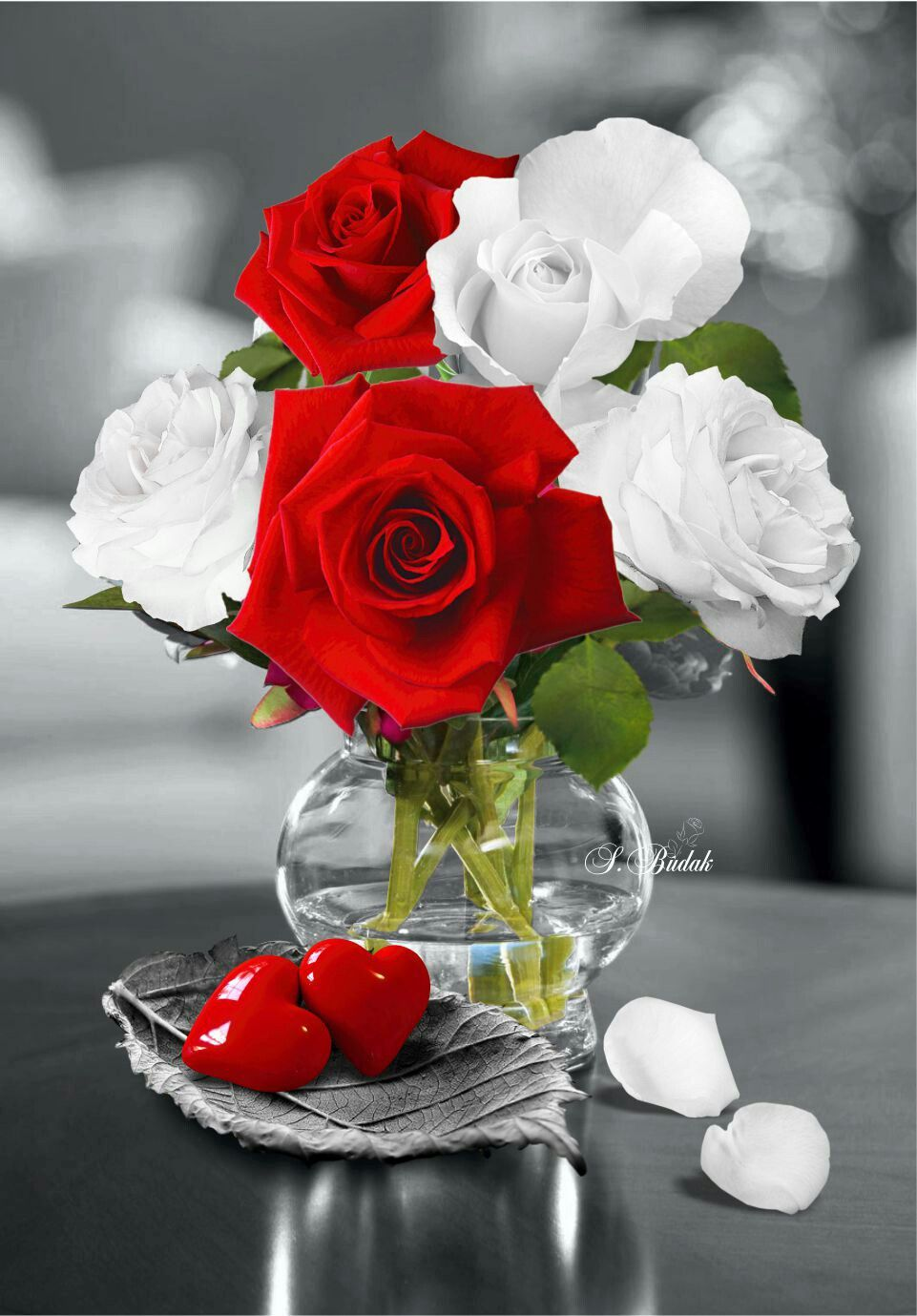 Pin By Chutikern Lor On Flowers Red Roses Wallpaper Beautiful Red Roses Love Flowers