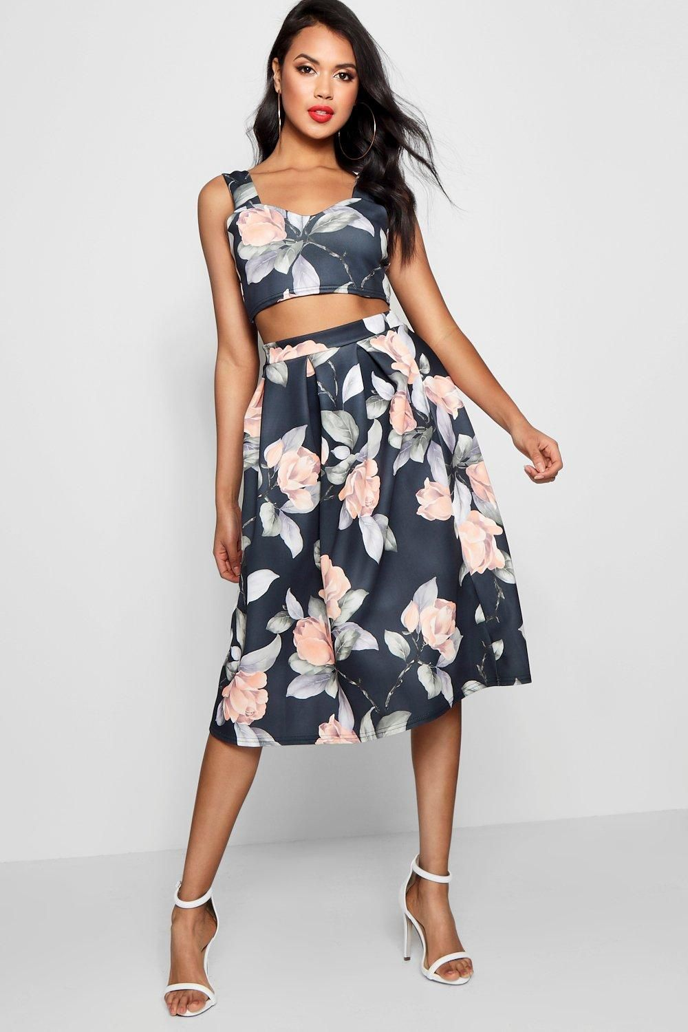 Crop Top And Full Midi Skirt Two Piece Set Boohoo Full Midi Skirt Crop Tops Women Midi Skirt [ 1500 x 1000 Pixel ]