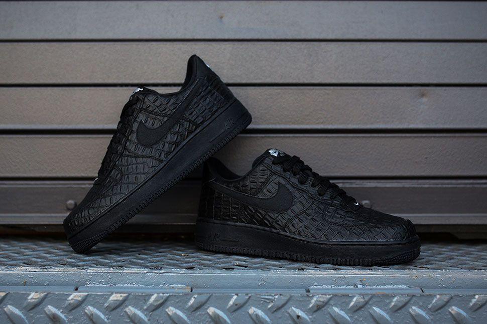 Men's Nike Air Force 1 07 LV8 Black Croc Sneakers : L95y6983