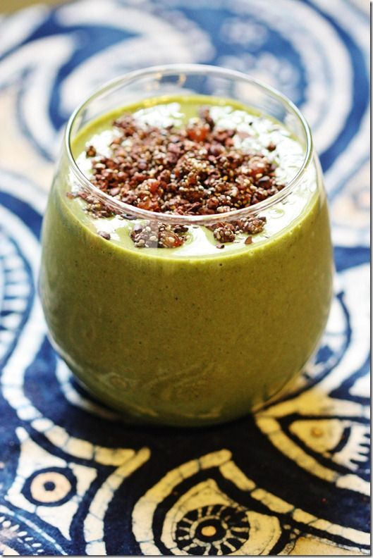 Green Smoothie w/ Easy Chocolate Chia Crumble Topping