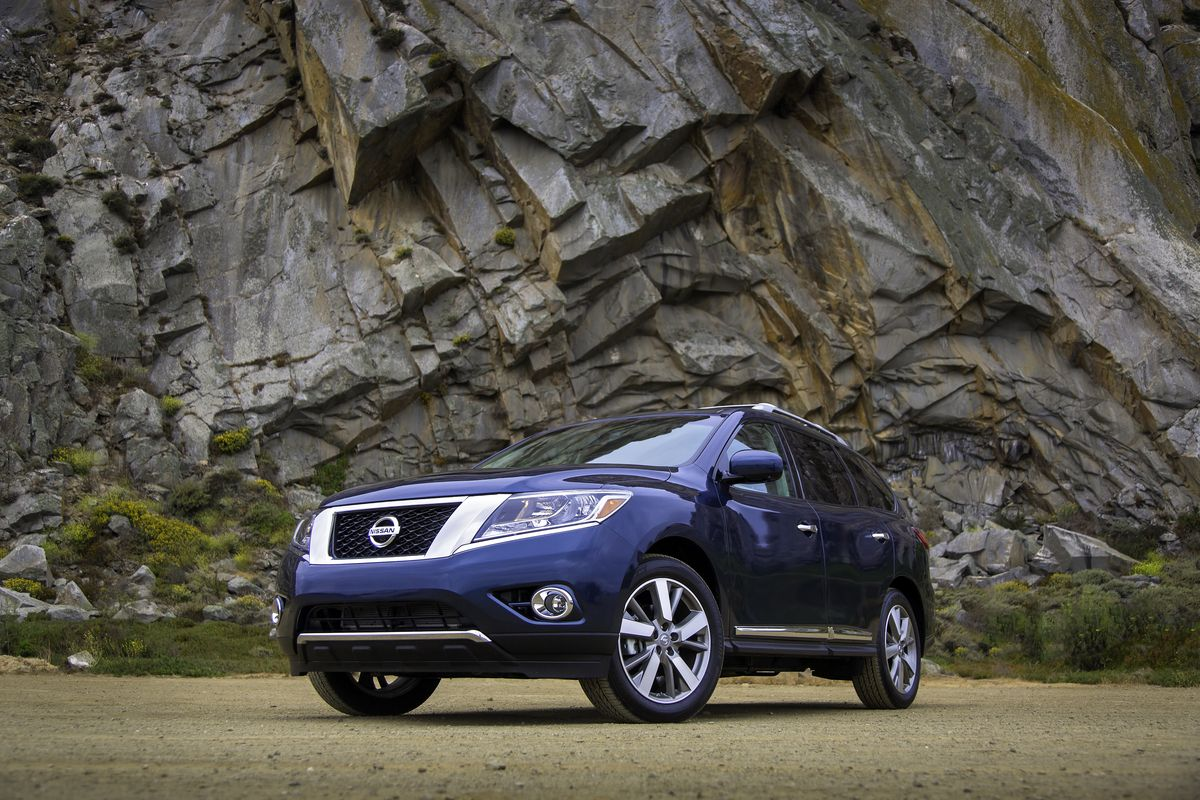 While Maintaining Core Pathfinder Values Such As Fun Utility And Fresh Style The Redesigned 2013 Nissan Pathf Nissan Pathfinder 2013 Nissan Pathfinder Nissan