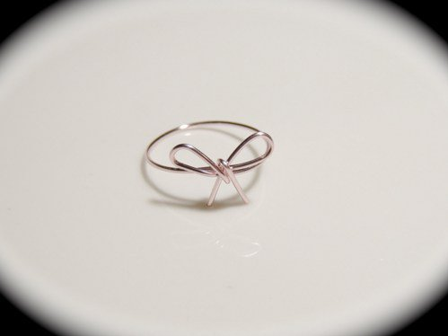 #PearlsofthePrairie on Artfire                      #ring                     #Cutie #Ring #knot #forget #sizes #available        Cutie Bow Ring 'to knot forget me' all sizes available                                                  http://www.seapai.com/product.aspx?PID=216561