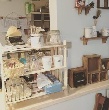 簡単diy すのこ棚 の作り方 皆さんの素敵な収納アイデア実例集 キナリノ 収納 アイデア インテリア 収納 収納