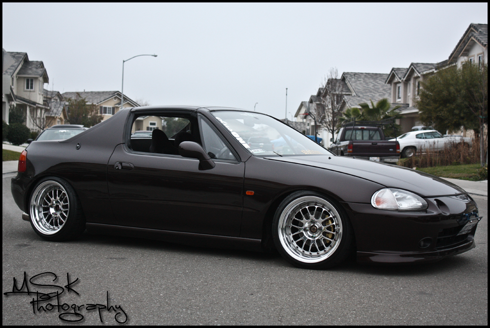 I finally found the wing I want for my del sol...