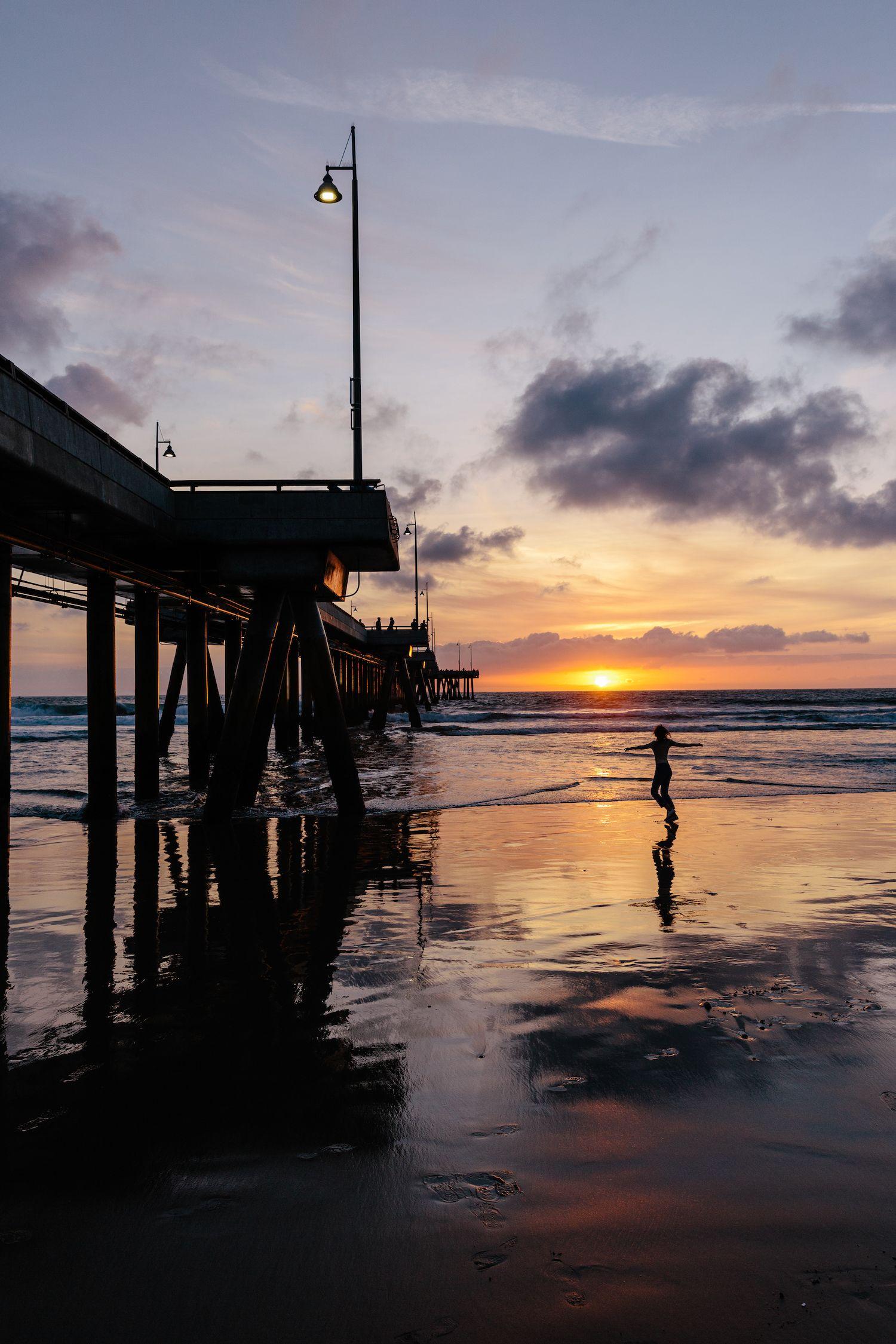 Venice Beach Pier Los Angeles Ca By Jessica Stein Tuulavintage