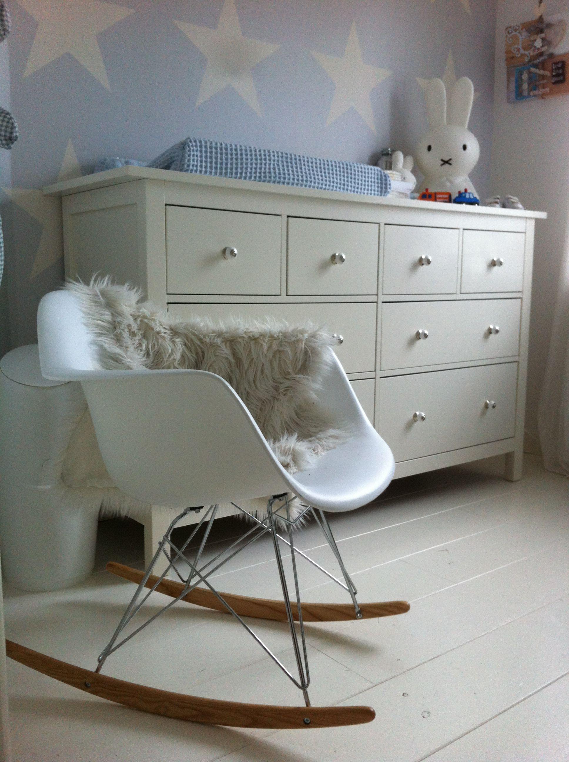 Eames Schommelstoel Babykamer.Eames Schommelstoel Babykamer Baby Room In 2019 Kids Bedroom