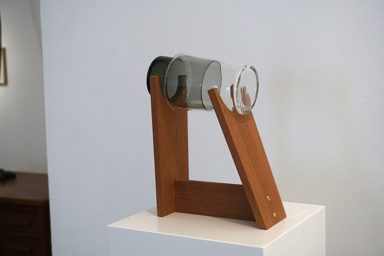 """""""Device for mutual eavesdropping #7"""" #Exposición """"El que camina al lado"""", Galería Travesía Cuatro #Madrid #Arte #Art #ContemporaryArt #ArteContemporáneo #Arterecord 2016 https://twitter.com/arterecord"""