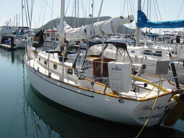"""1995 Cape George 31 - """"Maid of Kintyre"""" - Miscellaneous Fuel50gals Water60gals(three tanks-easy switching) Holding tank30gals Grey water20gals"""