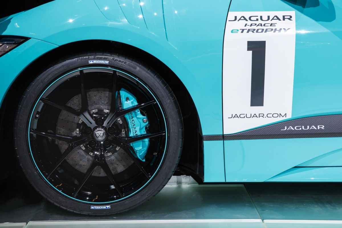 Jaguar I Pace To Be Used In Formula E Support Race Series 20 Cars 10 Locations From Season Five In 2018 Image 710291 Jaguar I Pace Jaguar Racing Car Model