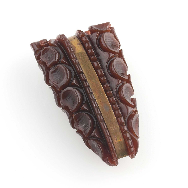 pnbk741(e)-Art Deco deep carved bakelite dress clip
