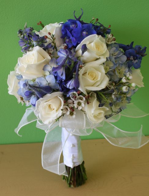 Wedding Bouquet Package Deals Available At Belvedere Flowers Wedding Bouquet Packages White Roses Wedding Bridal Bouquet Blue