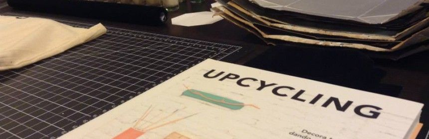 Presentación UPCYCLING en Barcelona.  12 de noviembre de 2014 Sitio: ScrapHouse Barcelona Bloggers invitadas