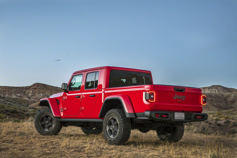 2020 Jeep Gladiator More Than A Wrangler Pickup News From Cars Com Jeep Gladiator Jeep Pickup New Jeep Pickup