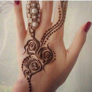 صور نقوش حناء اماراتي 2015 روعه اماراتية 2014 خطيرة ناعمه شبكة Henna Henna Designs Mehndi Designs