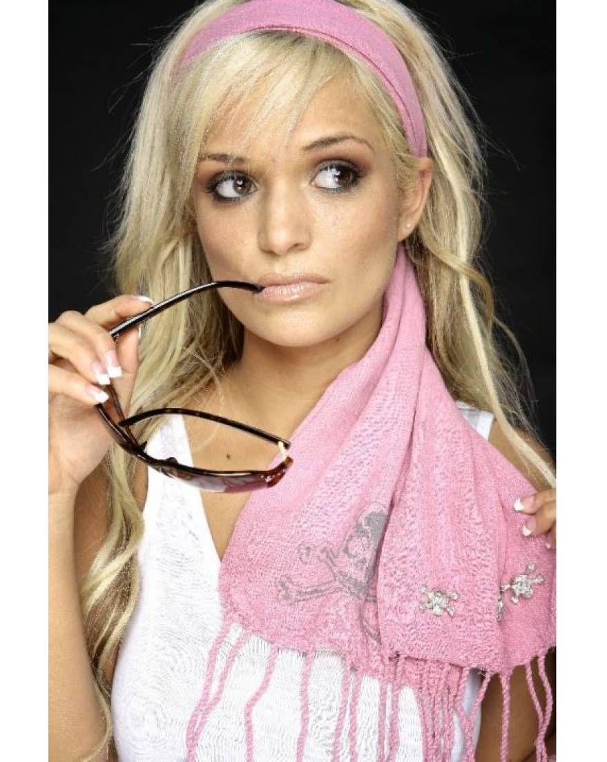Foulard cheveux quelle taille ? couleur ?   Coiffure avec foulard, Foulard cheveux et Nouer ...