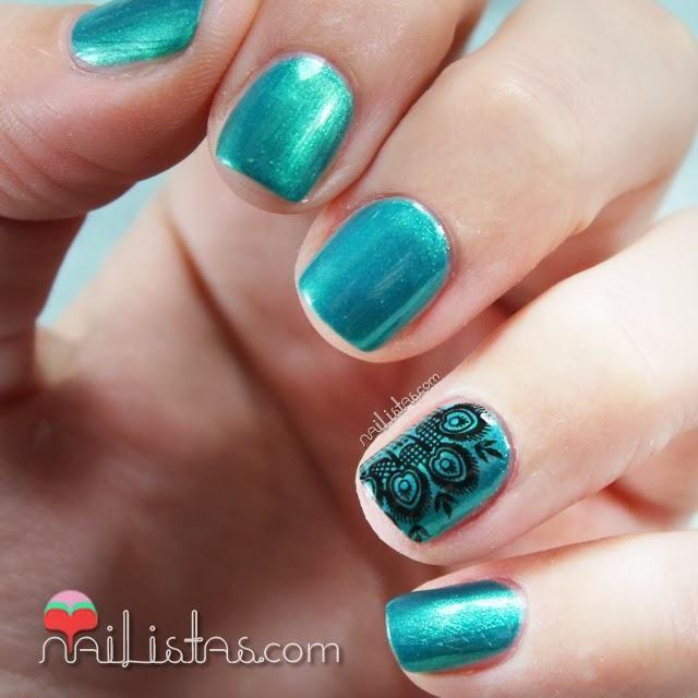 Uñas decoradas con plumas de pavo real | Esmaltes MO