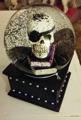 Musical-Snowglobe-Waterglobe-Halloween-Skull-Spell-Books-Wicked-Witch-Is-Dead