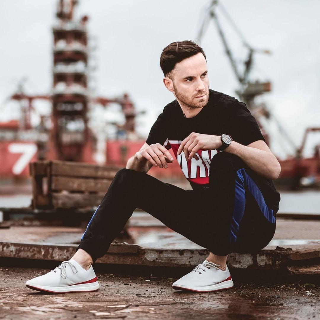 Spodnie Sportowe Instagram Inspiration Hummel Sneaker Converse Sneaker