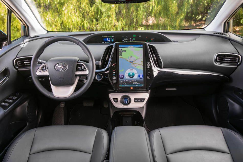 AUTOREVIEWERS.COM | Toyota prius, Toyota