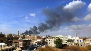 اليمن: انشقاق سرية من الجيش الموالي لصالح والحوثيين وانضمامها للجانب الحكومي... - http://www.arablinx.com/%d8%a7%d9%84%d9%8a%d9%85%d9%86-%d8%a7%d9%86%d8%b4%d9%82%d8%a7%d9%82-%d8%b3%d8%b1%d9%8a%d8%a9-%d9%85%d9%86-%d8%a7%d9%84%d8%ac%d9%8a%d8%b4-%d8%a7%d9%84%d9%85%d9%88%d8%a7%d9%84%d9%8a-%d9%84%d8%b5%d8%a7/