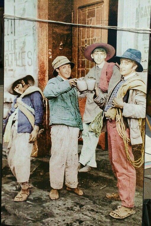 The Beatles Arte De Los Beatles Cine De Oro Mexicano Diseno Grafico Mexicano