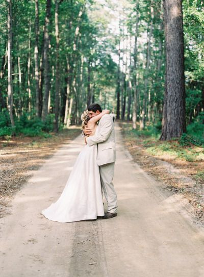 Forest setting: http://www.stylemepretty.com/2013/04/08/south-carolina-wedding-from-virgil-bunao/ | Photography: Virgil Bunao Fine Art Photography - http://virgilbunao.com/
