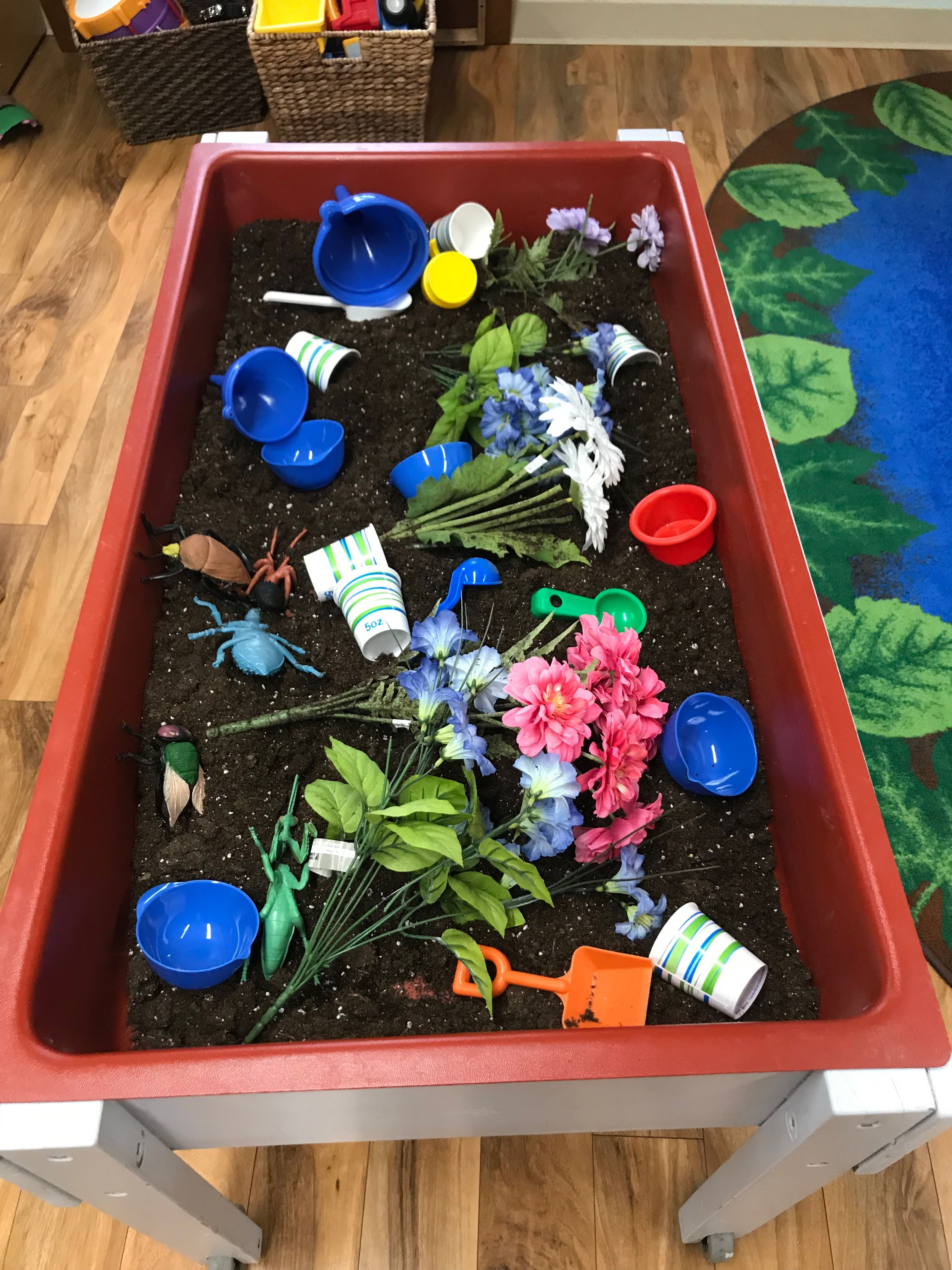 Ideas Toddlers Spring Sensory Table Time