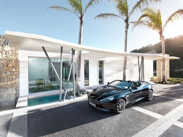 Luxus-Villa Chameleon Eingang Parkplatz Mallorca Weißer-Neubau ...