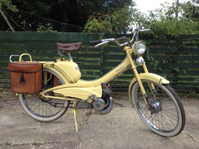 mobylette av44 1962 50cc scooters. Black Bedroom Furniture Sets. Home Design Ideas