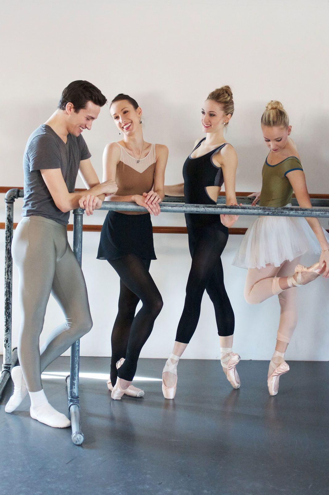 Los Angeles Ballet La Ballerinas Interview And Pictur Dance Outfits Contemporary Dance Outfits Ballet Clothes