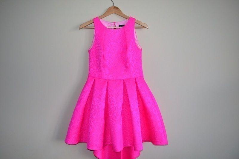0f777f11 Sukienka neonowy róż - vinted.pl | sukienki | Sukienka, Sukienki 및 ...
