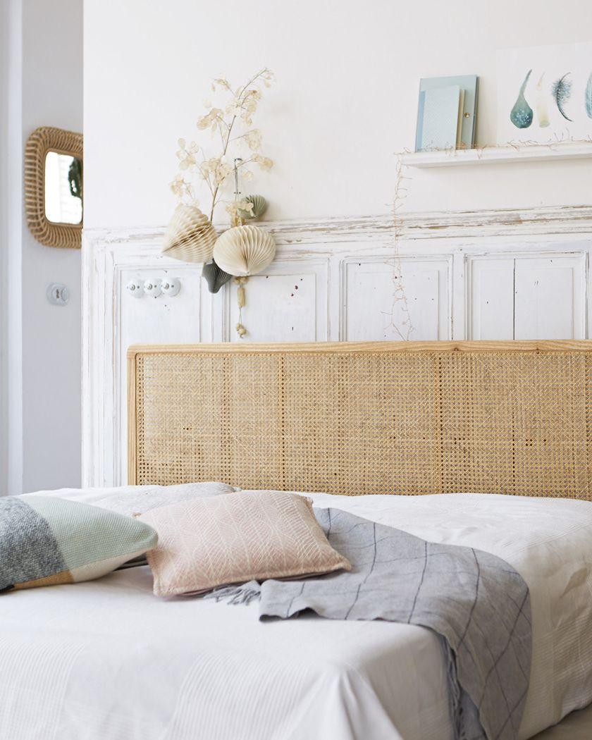 deco chambre blanc bois tete de lit  Tête de lit en rotin, Lit