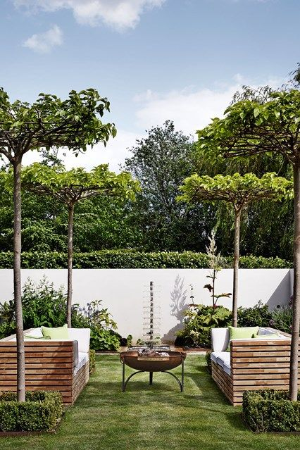 Small garden design ideas | Pinterest | Granero moderno, Mesas ...