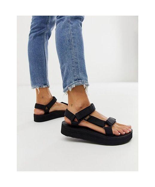 Trekking Sandale: Dieser Schuh ist das Mode Statement