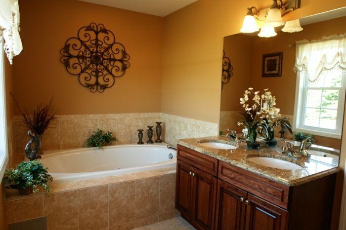 Beautiful deko orientalisch im badezimmer bad badewanne wanddeko florale motive blumen deko lampen waschbecken