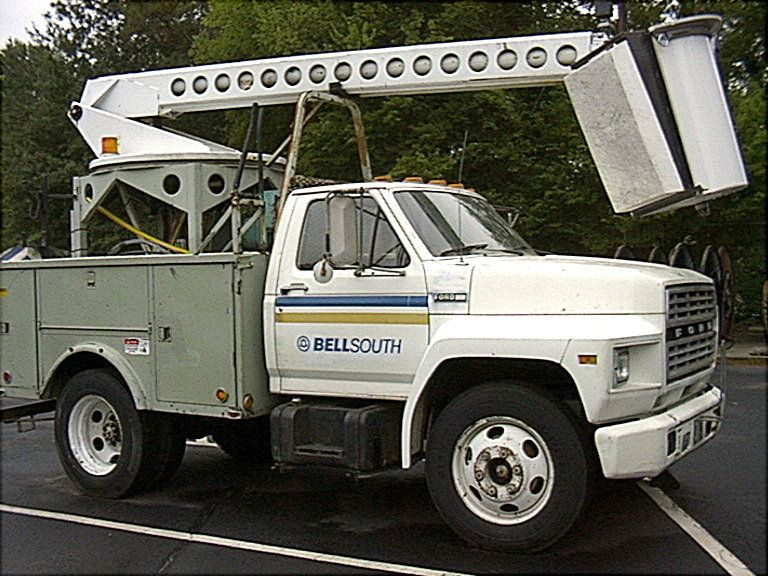 Circa 1990s Bellsouth Bucket Truck Used By Cable Splicers Repair Technician Aka Facility Techs Bucket Truck Trucks Utility Truck