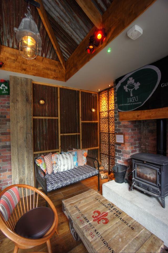 Nirvana Lighting @ Paris Texas Bar And Smokehouse, Kilkenny, Ireland