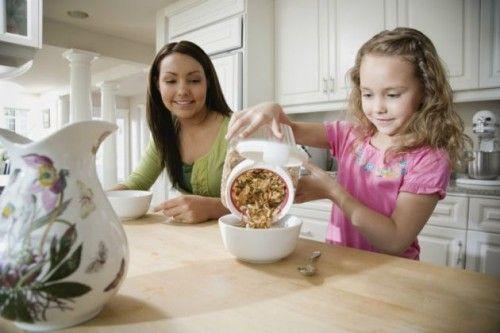 Cómo organizar una merienda de cumpleaños saludable - http://www.efeblog.com/como-organizar-una-merienda-de-cumpleanos-saludable-10218/