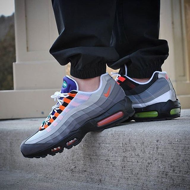 0466583ae1 Emporium of Tings. Web Magazine. - https://drwong.live. Release Reminder: Nike  Air Max 95 Solar Red ...