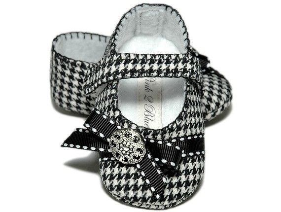 Houndstooth baby shoes