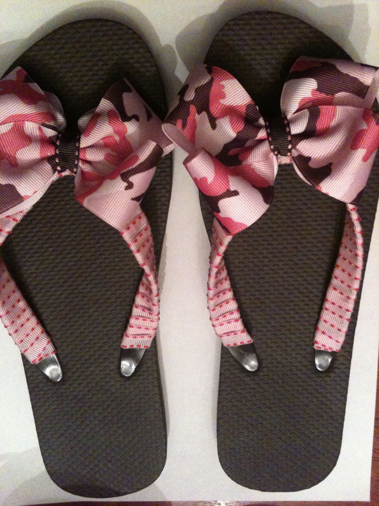 f71e6d286 Pink and Brown Camo flip flops!