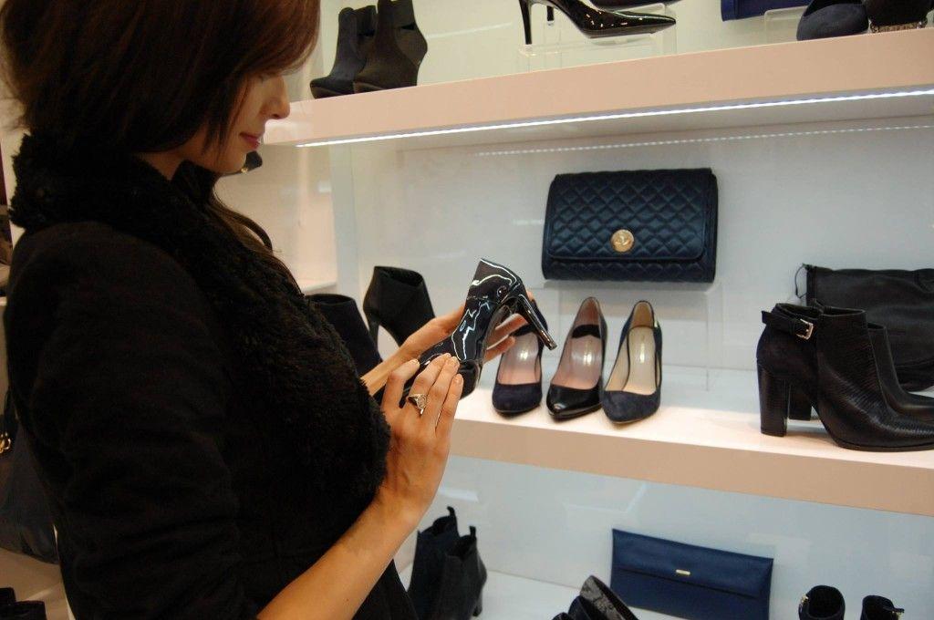 Miss Polski Wybiera Buty Pm Na Wyjazd Na Miss World Shoes Shoe Rack